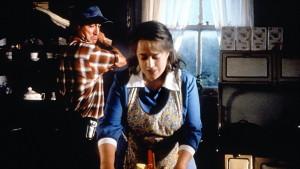 Dolores Clairborne - Film Adaptasi Novel Stephen King Terbaik