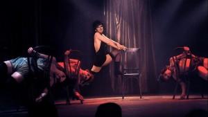 Cabaret - film musikal terbaik