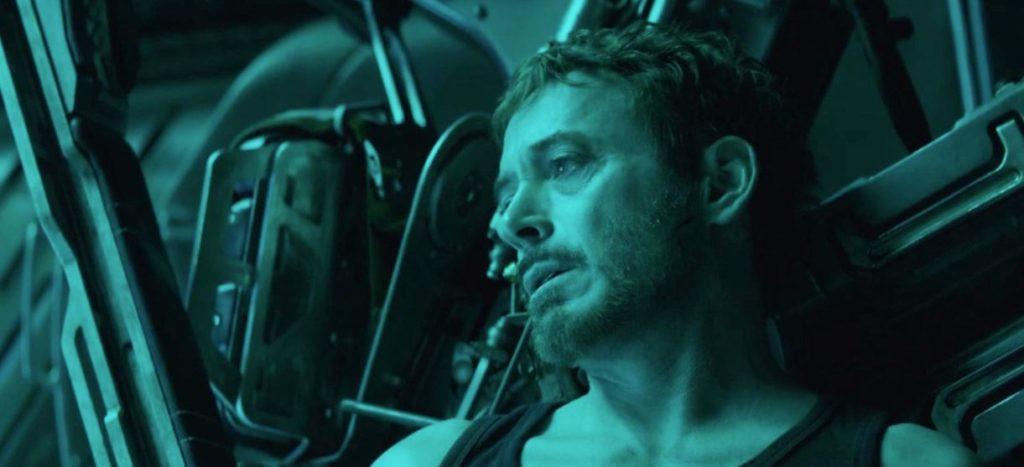 Tony Stark Sedih
