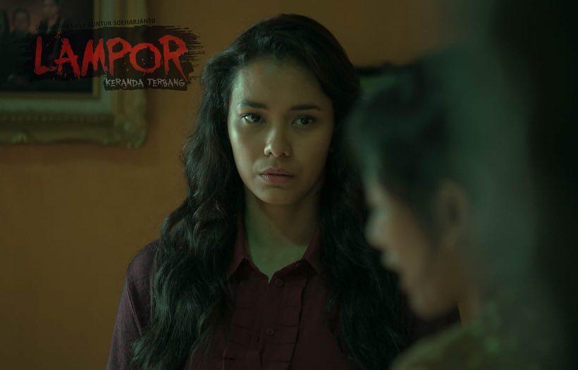 Review Film Lampor Keranda Terbang 2019 Film Horor Yang Lebih Terasa Drama Keluarga Daripada Horor Movieden