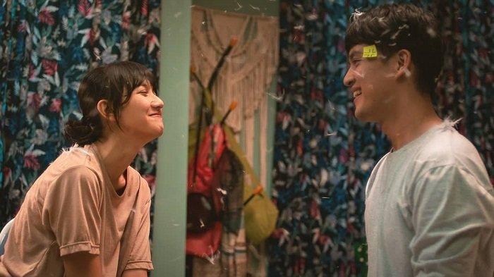 Film Eggnoid: Cinta & Portal Waktu