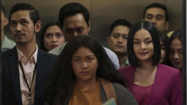 Review Film Imperfect: Karier, Cinta & Timbangan (2019 ...