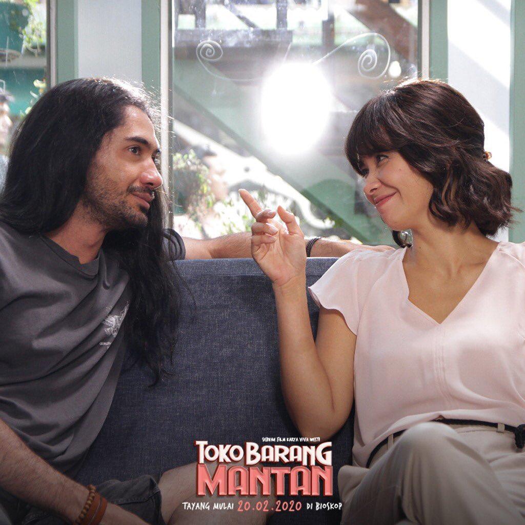 film Toko Barang Mantan
