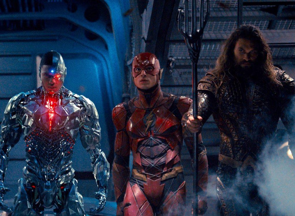 perbedaan justice league zack snyder dengan bioskop