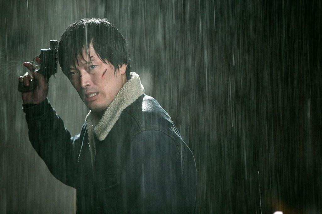 Film aksi thriller yang disutradarai oleh Jung Byung-Gil tersebut menuai kesuksesan dengan meraih 2,7 juta penonton di Korea Selatan. Lalu seperti apa cerita dari film yang dirilis pada 2012 silam ini? Simak sinopsisnya di bawah ini!